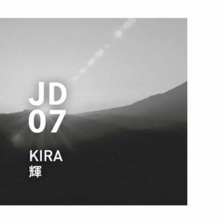 Japanese design air JD07 kira 輝 - KIRA Een sprankelende heldere geur, als een prachtig uitzicht verlicht door de ochtendzon. Ingrediënten: gember, mandarijn, yuzu, neroli, hinoki, enz.