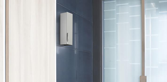 De professioneel geursysteem Select Type heeft vloeiende lijnen en het elegant gestructureerde aluminium van de verstuiverbehuizing vullen elke ruimte aan.