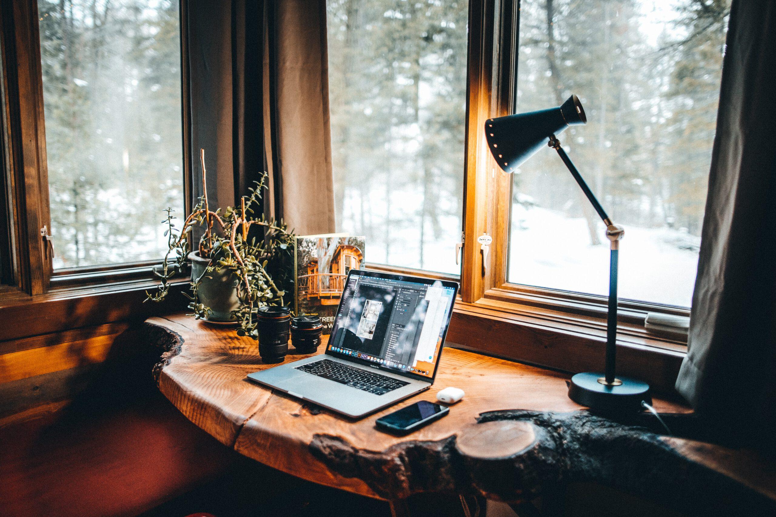 Geurbeleving en deurmarketing brengen de warme sfeer van winter in uw huis